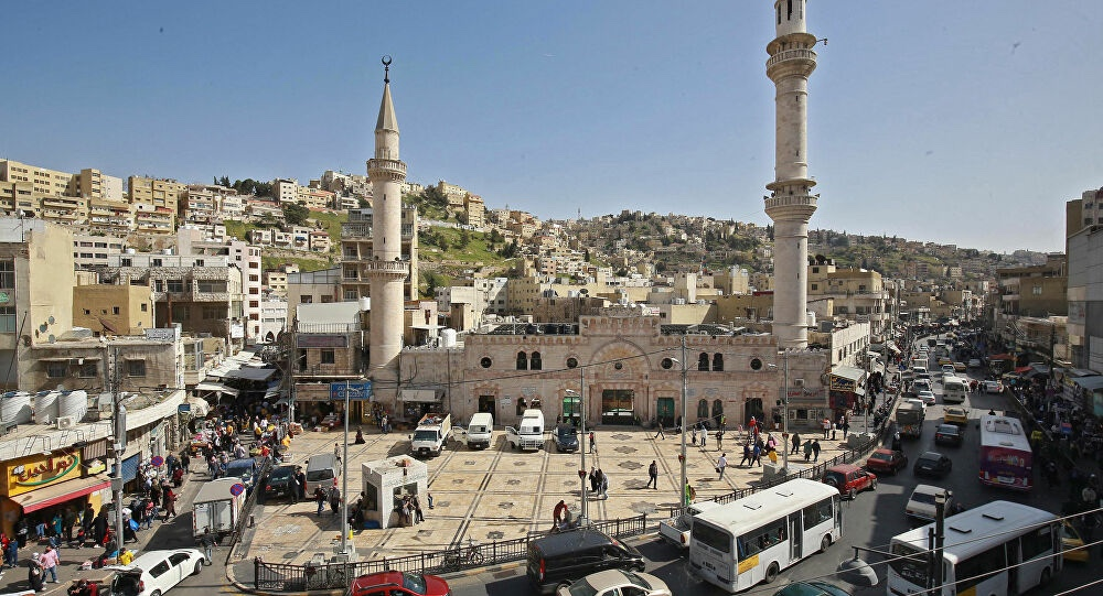 الأردن : السماح بخروج المواطنين لأداء صلاة الجمعة سيرًا على الأقدام لمدة ساعة