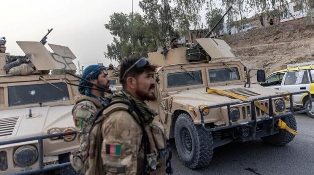 """اتفاق على وقف القتال بين قوات حكومة كابل و""""طالبان"""" في مركز ولاية بادغيس"""