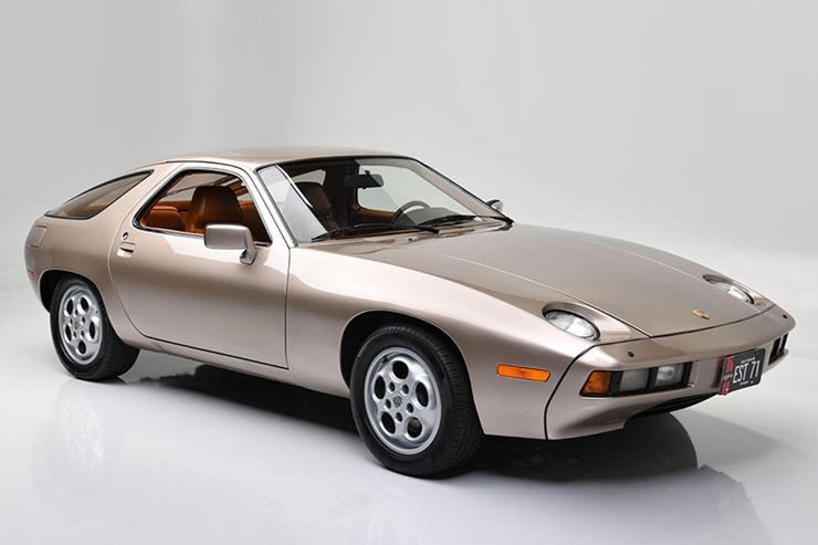 بيع نسخة بورش 928 قادها توم كروز في أحد أفلامه بـ1.98 مليون دولار