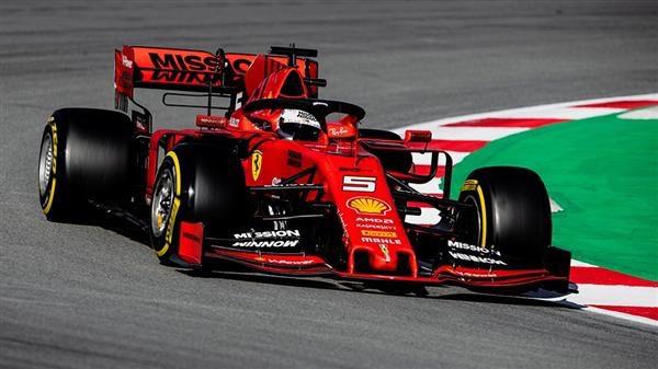فيرستابن يحرز مركز الانطلاق الأول لسباق فورمولا-1 الهولندي
