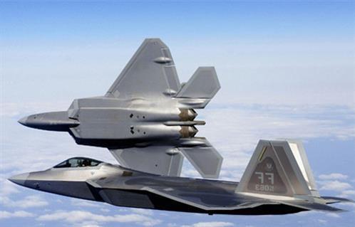 سلاح الجو الأمريكي يمنح عقدين بـ400 مليون دولار لحماية نظم الطيران من التهديدات الرقمية