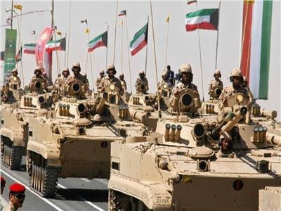لأول مرة.. الكويت تسمح بانضمام النساء إلى الجيش