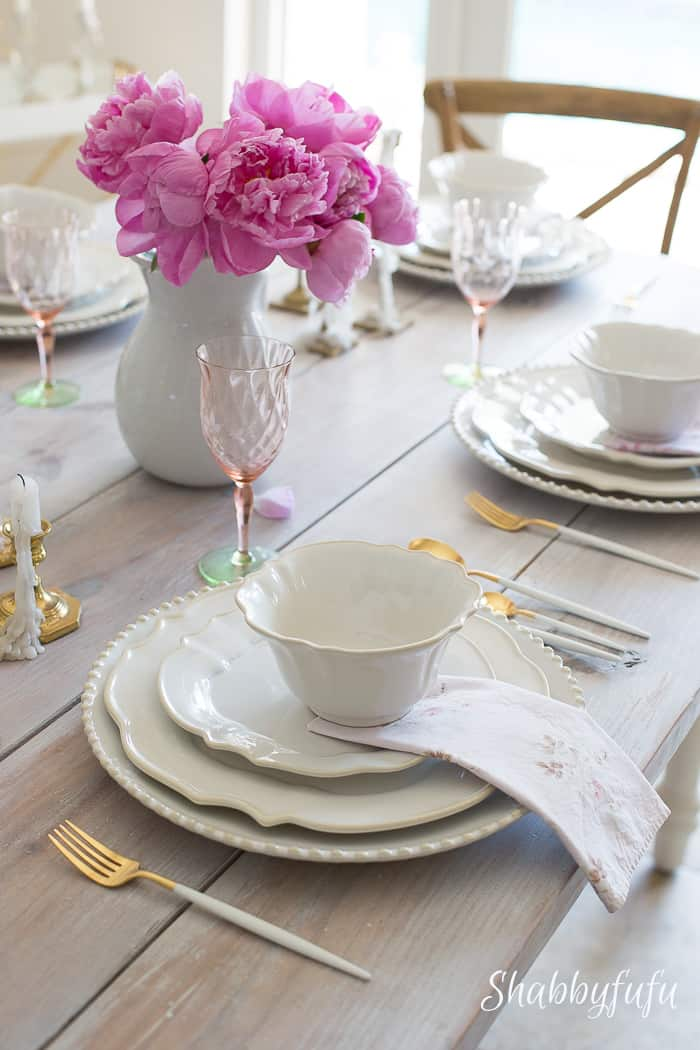Practical Table Setting Ideas For Sizable Results