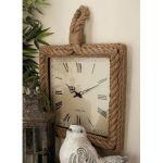 Rivestire vecchi orologi con la corda in stile Shabby