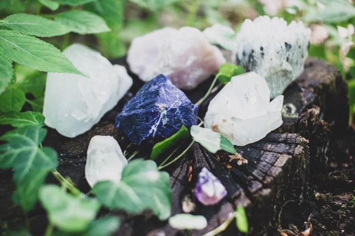 Des pierres précieuses dans notre routine beauté