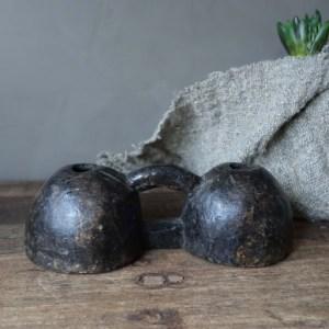 Shabbys-Stoer in wonen-Stoer en sobere dubbele oliepotjes/ kaarthouder donkerbruin hout