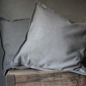 Shabbys-Stoer in wonen-Stoer, katoen/linnen kussen in de kleur Brindle (warm jutenkleur) met rits