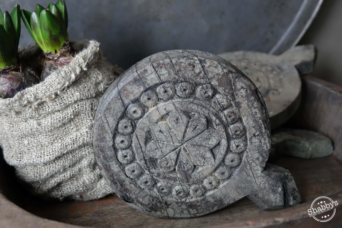 Shabbys-Stoer in wonen-Stoere houten onderzetter / Mandala's in de stoere grey finish