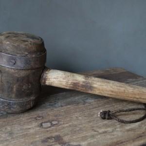 Shabbys-Stoer in wonen-Stoere zware houten hamer met ijzer