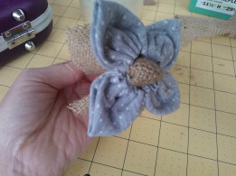 upcycled fabric flower using tshirt and hessian