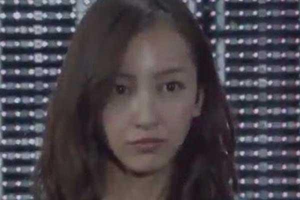 板野友美 シリコン