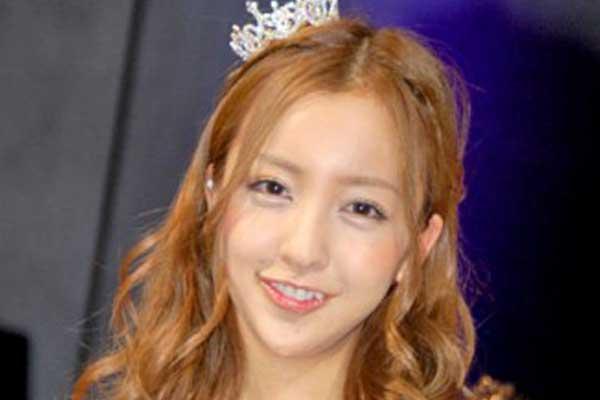 板野友美 2011年