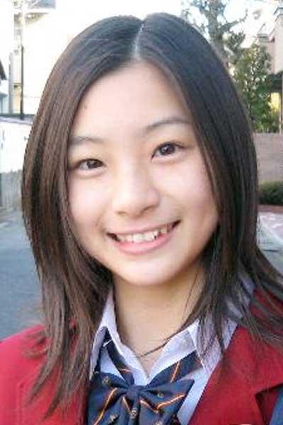 足立梨花 すっぴん 15歳