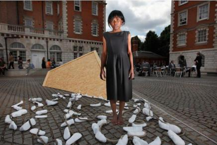 Migrant Artist joins the Line with her installation 800 Shoes