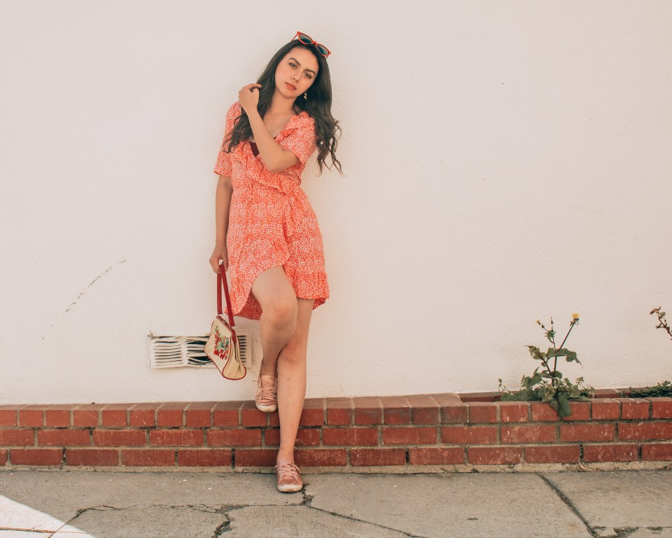 Casual Spring dress. Transition pieces. The People Vs red flowy dress.