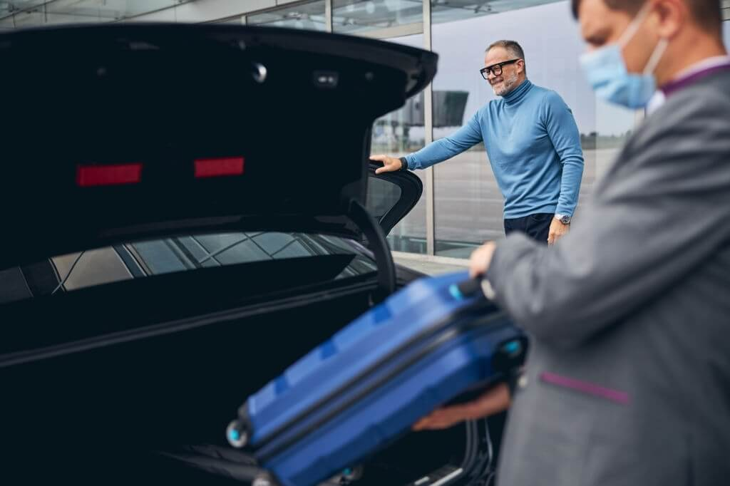 What Are The Benefits Of Airport Transportation Chauffeurs Near Me