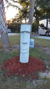 Polonesian tiki idol decorating the RV park