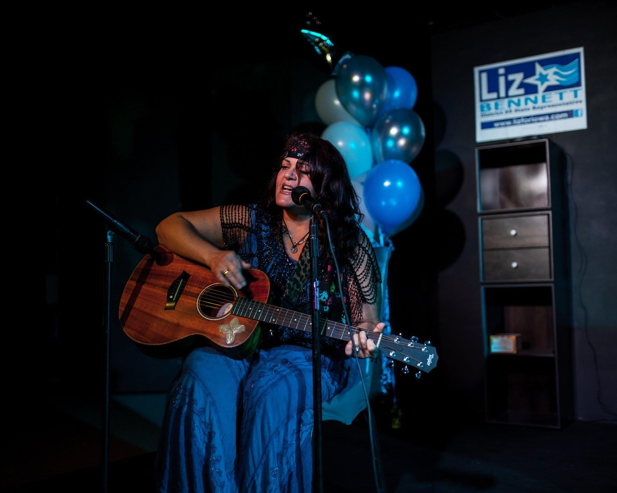 Julie Jules Gordon performing at State Representative Liz Bennett's Celebrity Karaoke Night Fundraiser