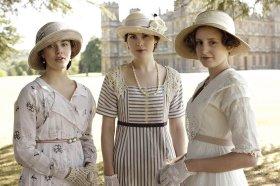 Downton-Abbey-Beauty-Looks