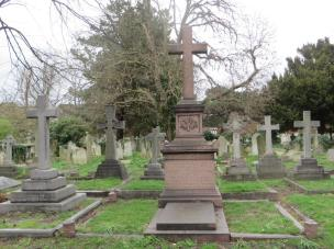 The Platt memorial in its entirety showing space for more burials. ©Carole Tyrrell