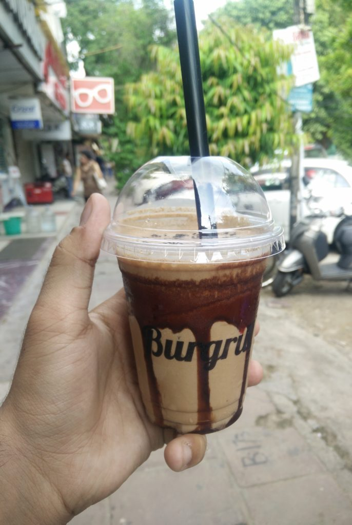 Belgian-chocolate-frappe-at-burgrill