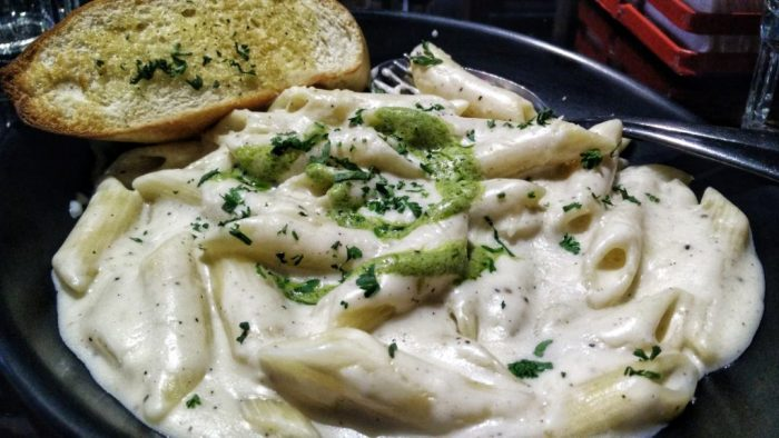 alfredo-pasta-hotmess-connaught-place-new-delhi