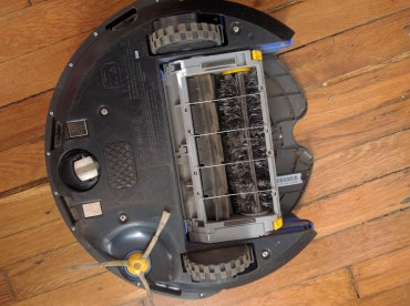 Bottom of the Roomba with bristles!