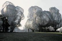 Wrapped-Trees-Fondation-Beyeler-and-Berower-Park-Riehen-Switzerland-1997-98