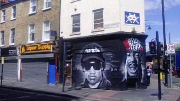 Invider and Titlegraffiti in Brixton