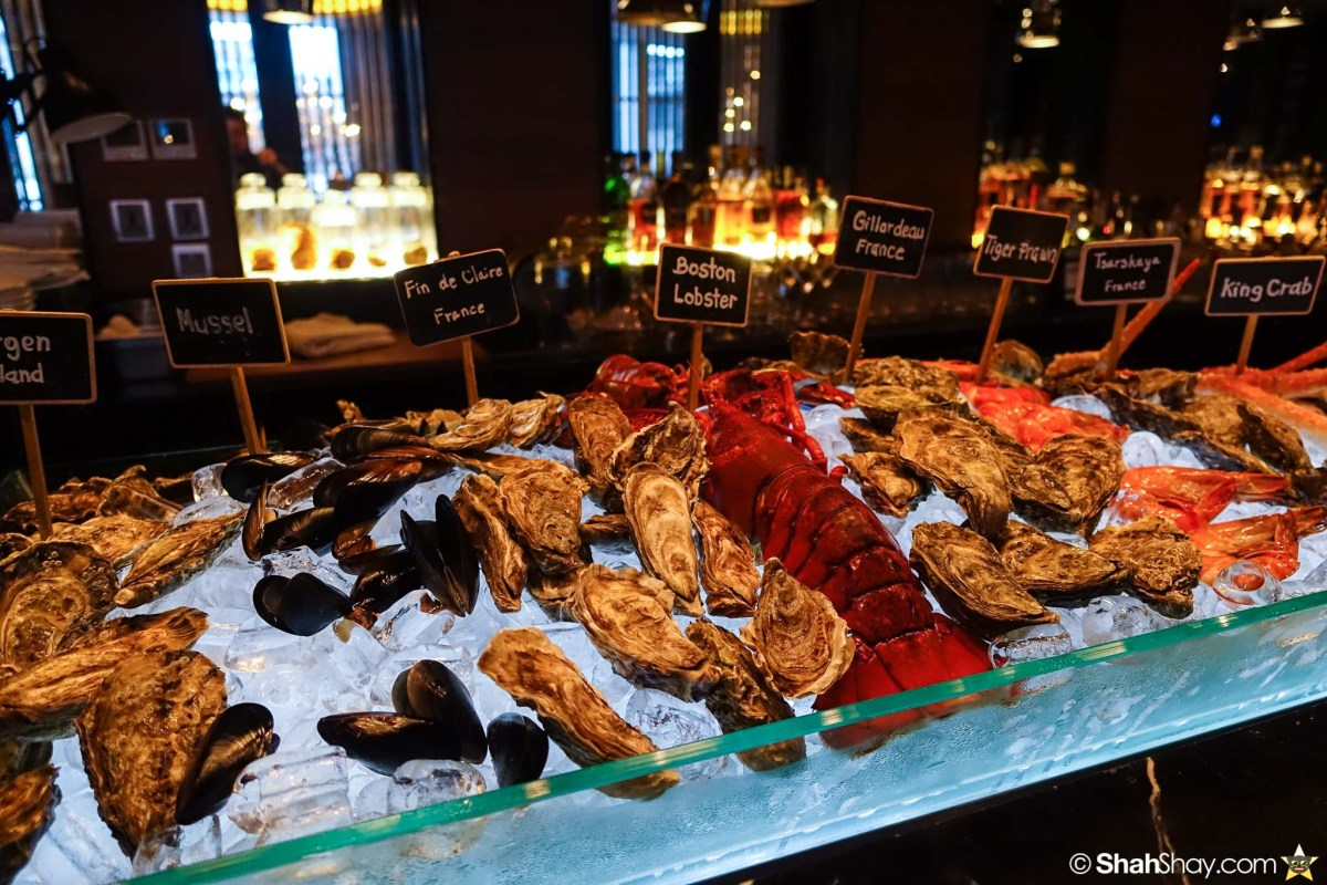 Sunday Brunch Bangkok - Fabulous Brunch Buffet Spread at The District - The Crustaceans