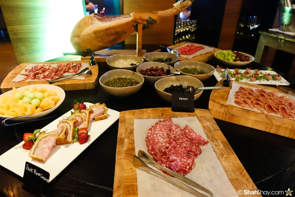 Sunday Brunch Bangkok - Fabulous Brunch Buffet Spread at The District - Pork Salami