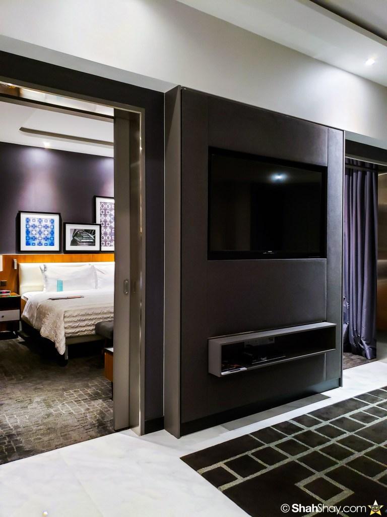 Le Méridien Suite Review at The Le Méridien Kuala Lumpur - sliding doors
