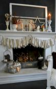 60+ Inspirations for Fall Mantel Decoration Ideas - Get more Ideas in our gallery | #falldecoration #falldecoridea #fallmateldecoration #fireplacemanteldecor #fireplacedecor #DIYdecor #diyhomedecor