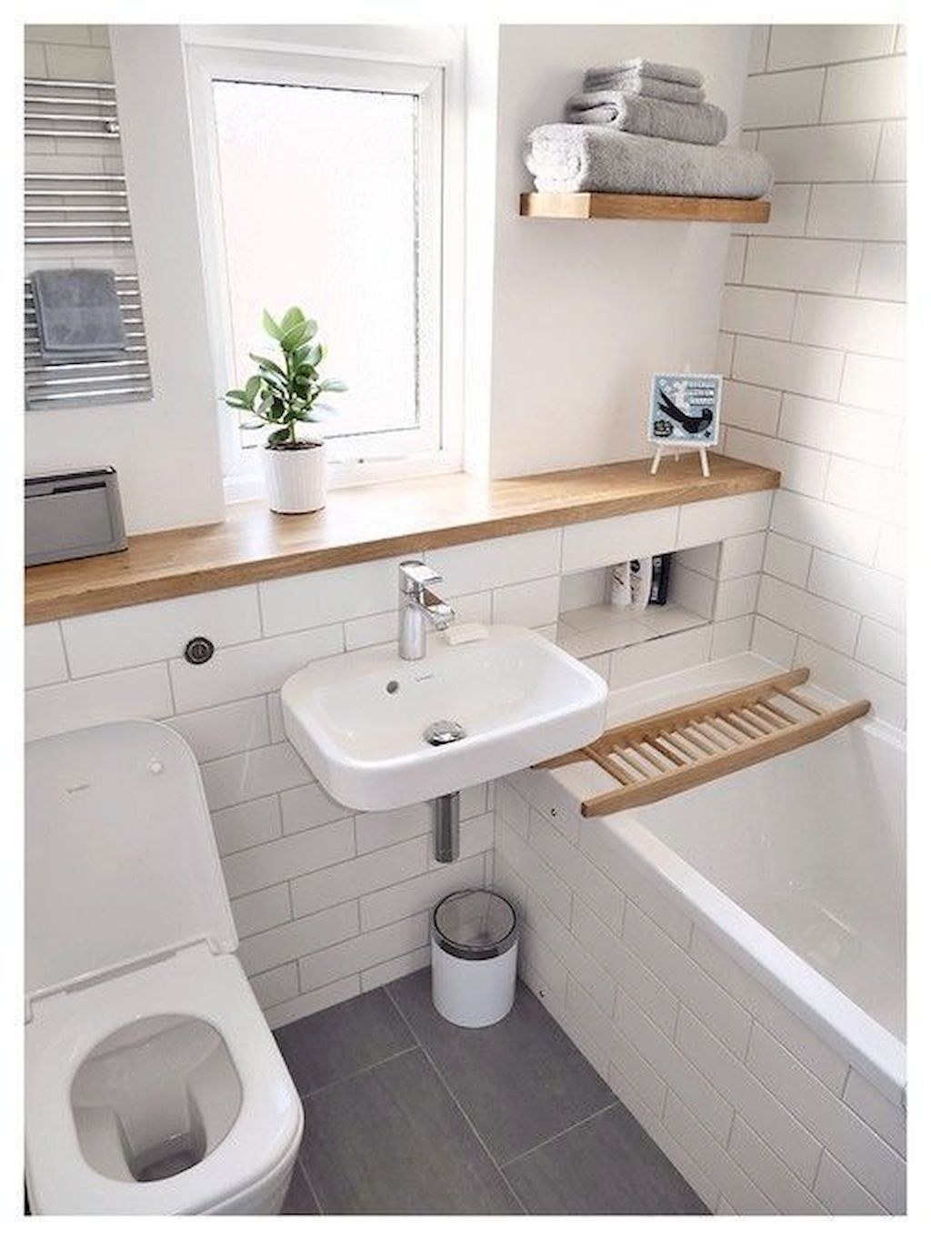 Tiles Ideas for Small Bathroom (15)