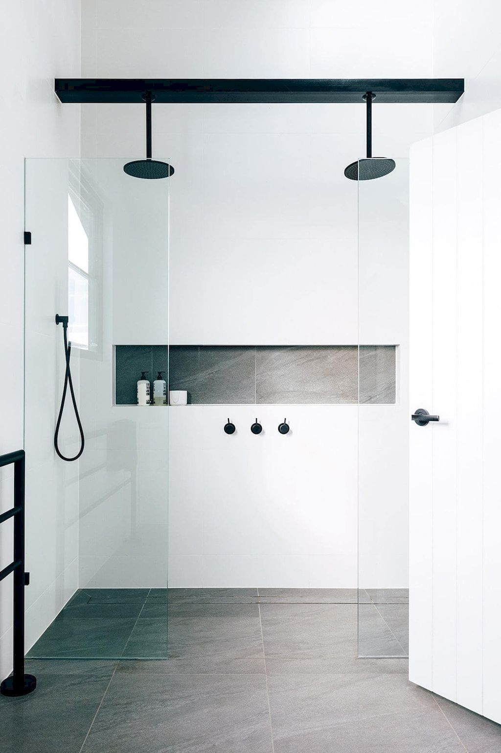 70+ Tiles Ideas for Small Bathroom - Get more Ideas in our gallery | #smallbathroom #bathroomdecoration #bathroomideas #bathroomtiles #bathroomdecor #homedecor (80)