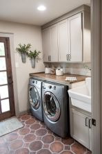 55 Best Small Laundry Room Photo Storage Ideas (38)