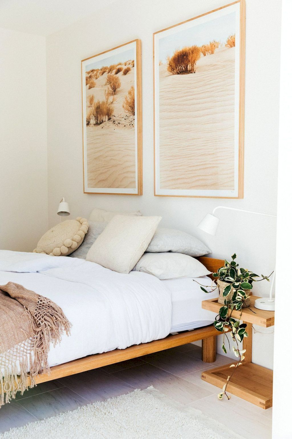 Affordable Bedroom Design With Comfortable Beds and Furniture Part 22