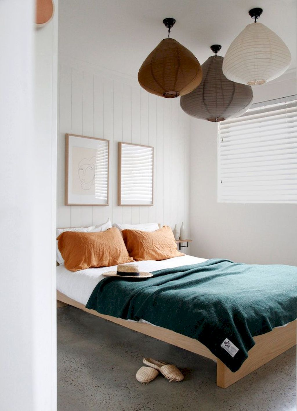 Affordable Minimalist Bedroom Ideas with Ultra Cozy Bed Designs Part 13