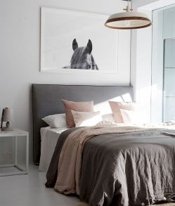 Top Ideas Modern Bedroom with Simple Platform and Minimalist Furniture Part 27