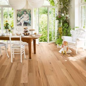 Top Ideas of Bright Tone Wooden Floor for Maximum Interior Look Part 31