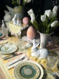 Charming Easter centerpieces and springy table decor ideas to get your Easter party hopping Part 19
