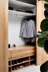Small Space Closet Designs with Neat and Effective Organization Tricks (5)