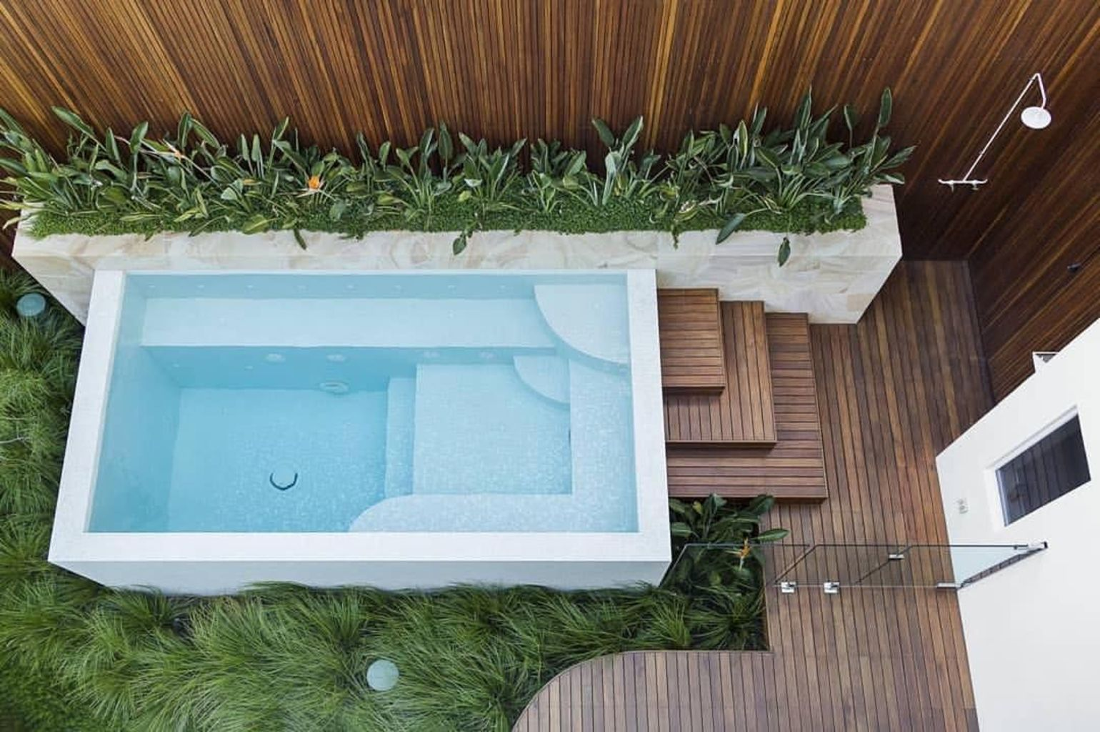 Small swimming pools made for small spaces and tight budgets Part 19