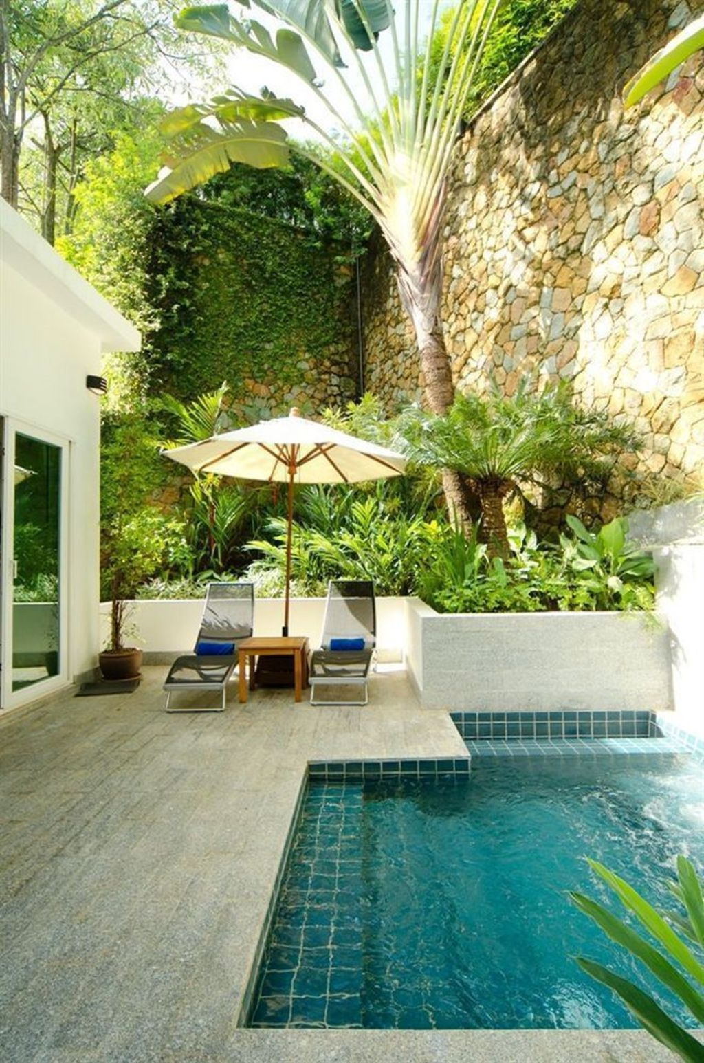 Small swimming pools made for small spaces and tight budgets Part 20