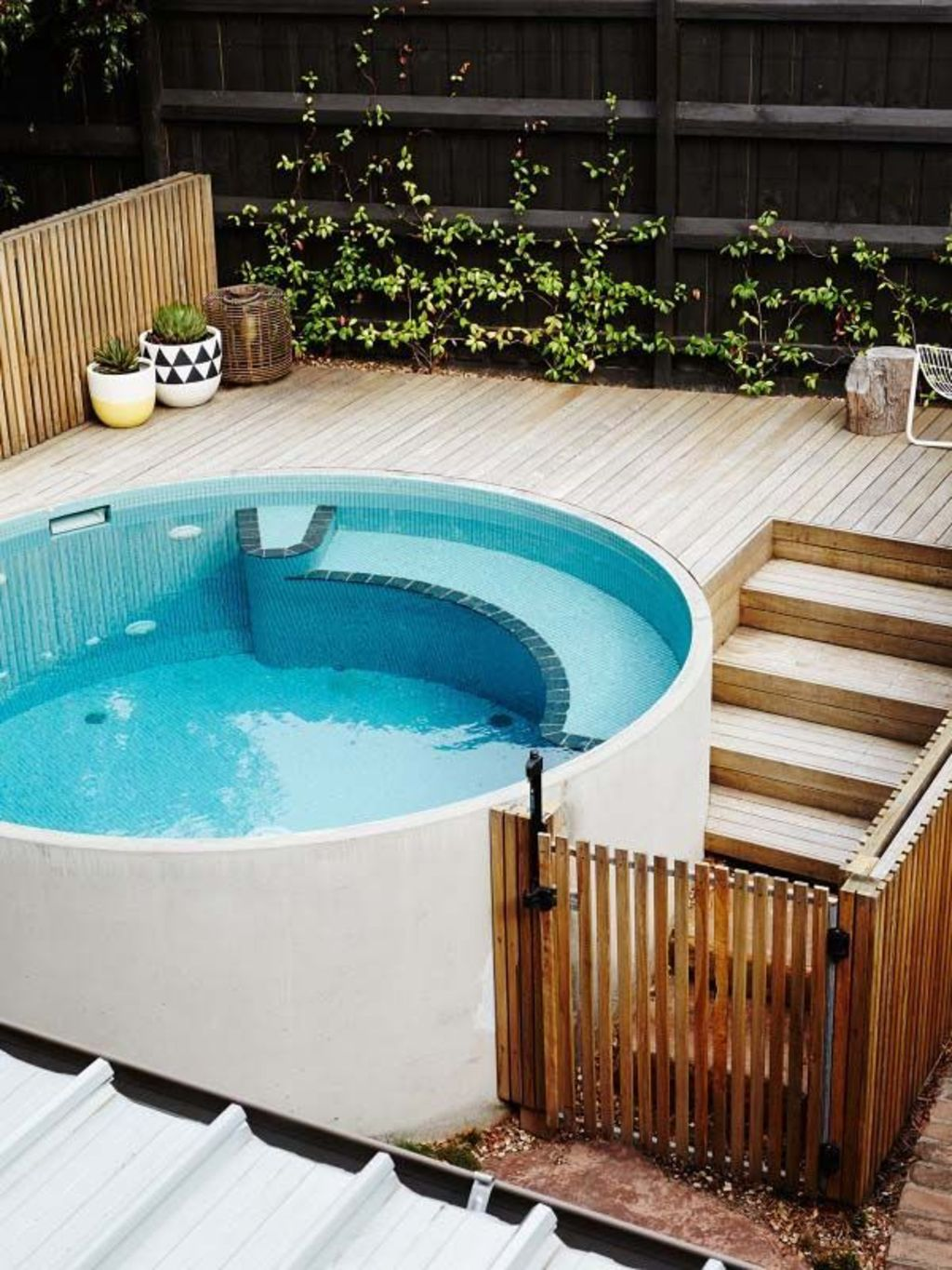 Small swimming pools made for small spaces and tight budgets Part 24