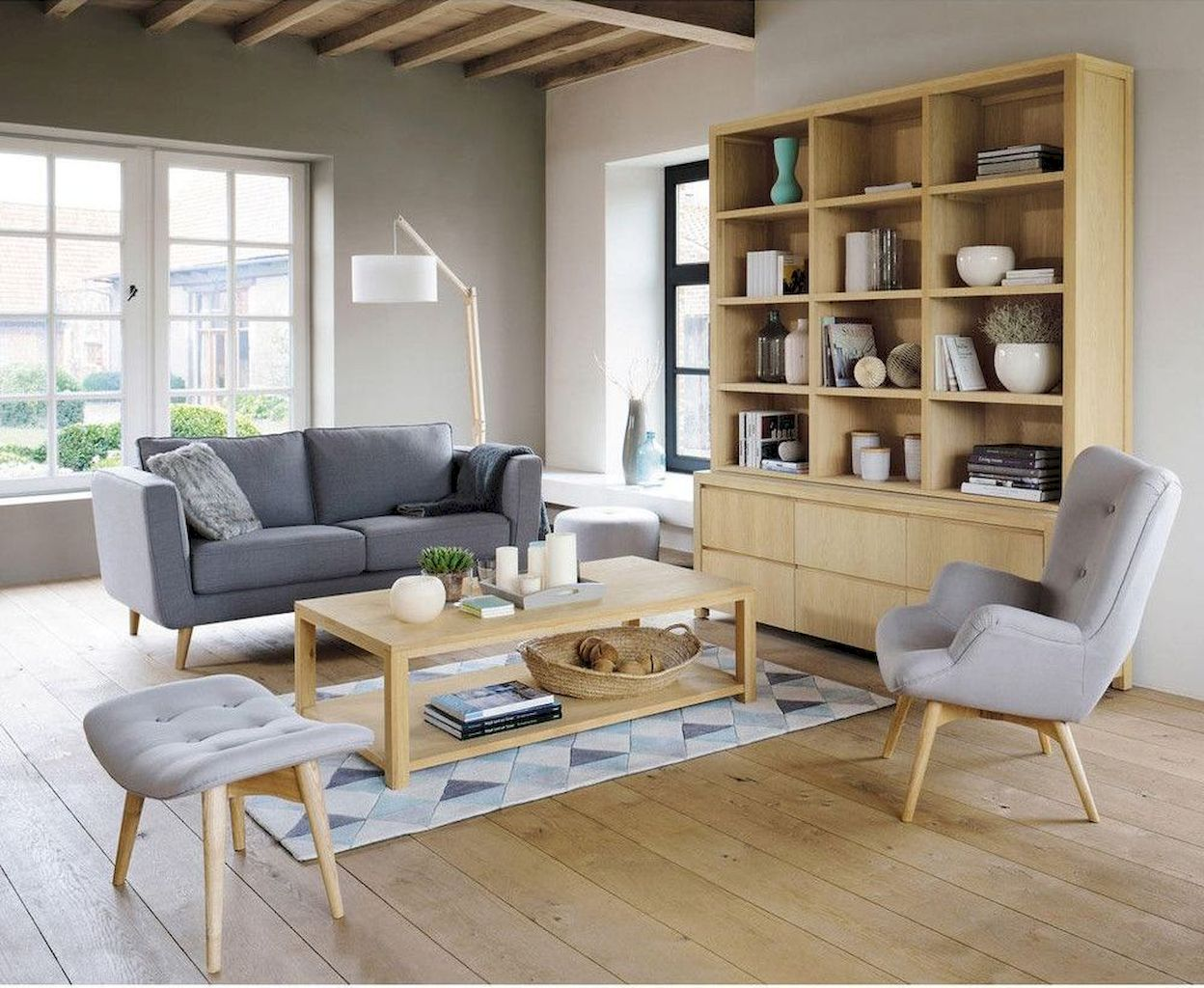 Soft Colored Living Room With Elegant Furniture and Accessories Part 10