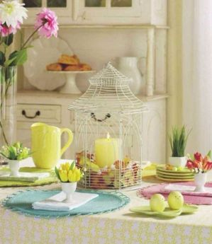 Spring tablesetting ideas with flowers live plants and decoartive eggs best for celebrating the Easter Part 39