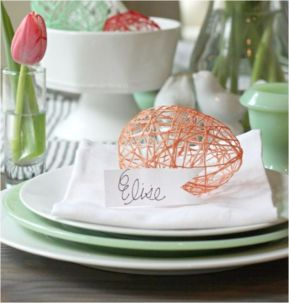 Spring tablesetting ideas with flowers live plants and decoartive eggs best for celebrating the Easter Part 41