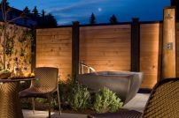Stunning Outdoor Shower and Bath Spaces That Take You To Urban Paradise Part 24
