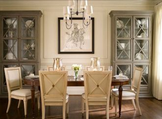 Traditional Chandelier Designs for Dining Rooms that Add Interiors Vintage Charms Part 25
